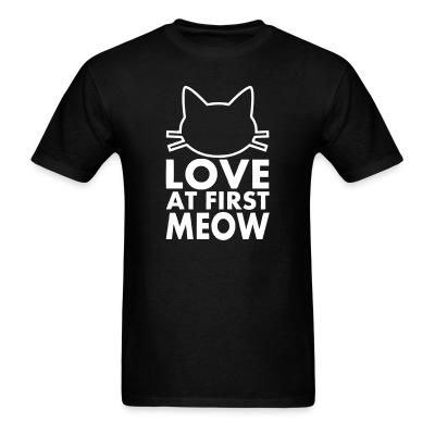 T-shirt love at first meow