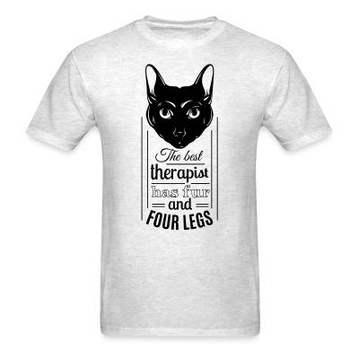 T-shirt The best therapist has fur and four legs